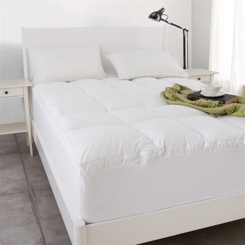 Dreamaker 1000gsm Down Alternative Mattress Topper Super King Bed
