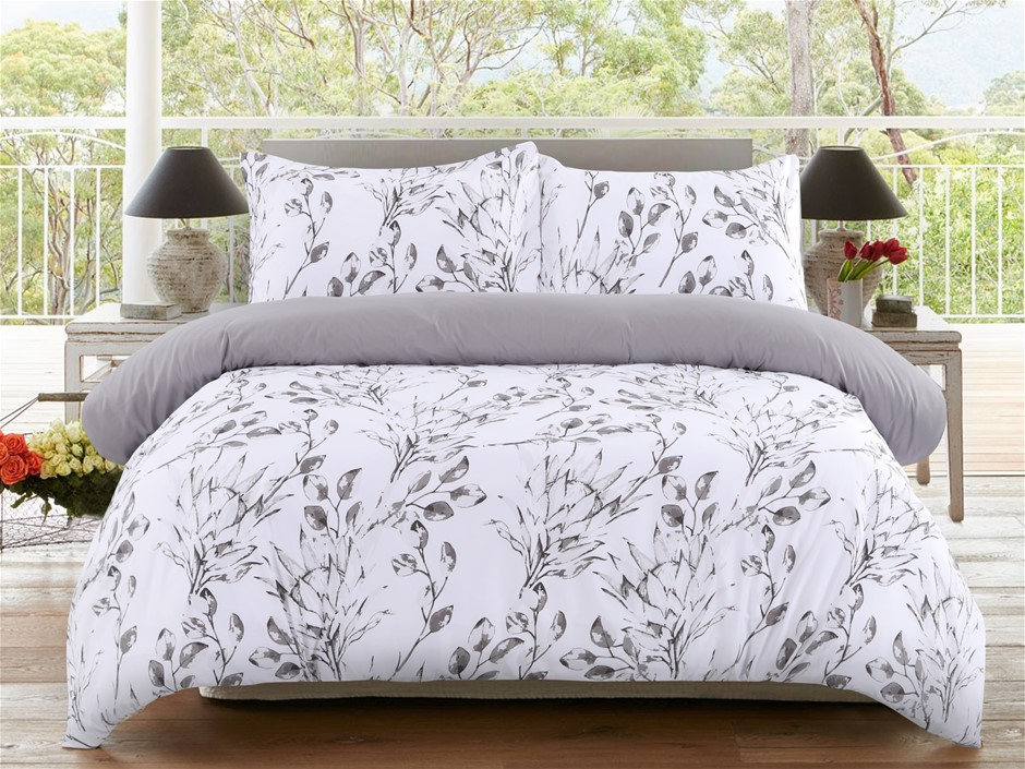 Dreamaker Printed Microfibre Quilt Cover Set Single Bed Meadow
