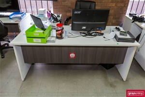 2x Assorted Office Desk with Pigeon Hole