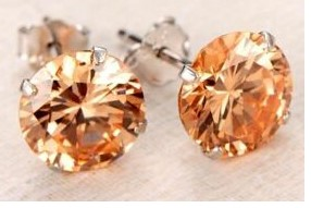 Silver plated Classic Crystal Cutting Stud Earring