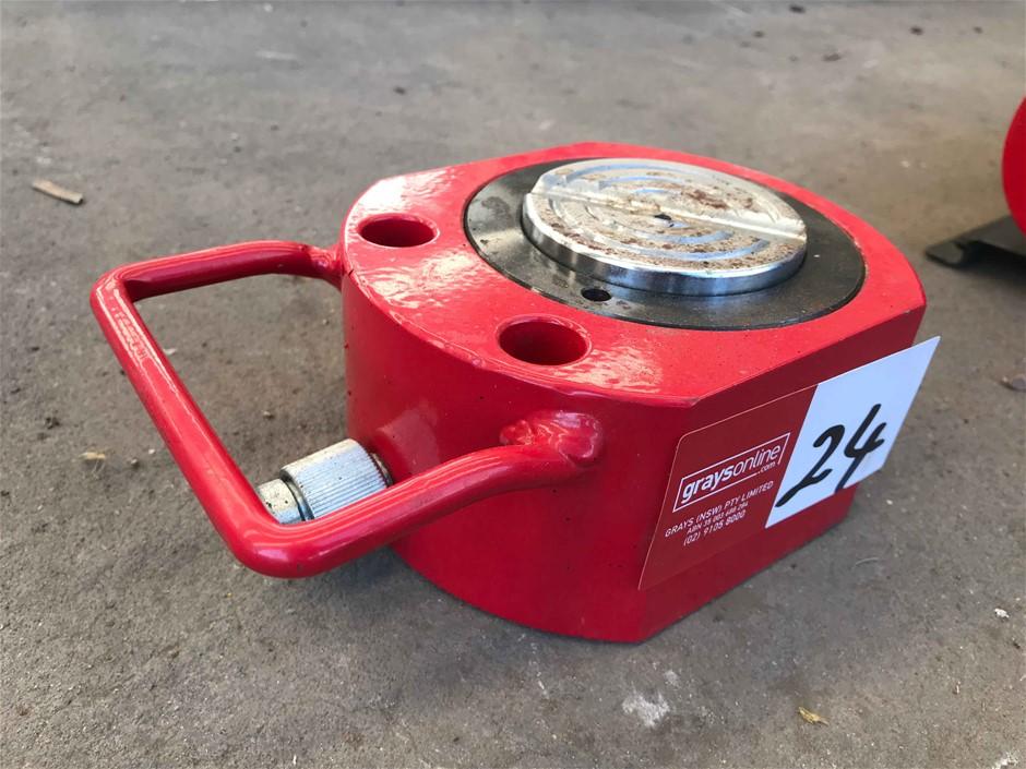 Hydraulic Squat Jack