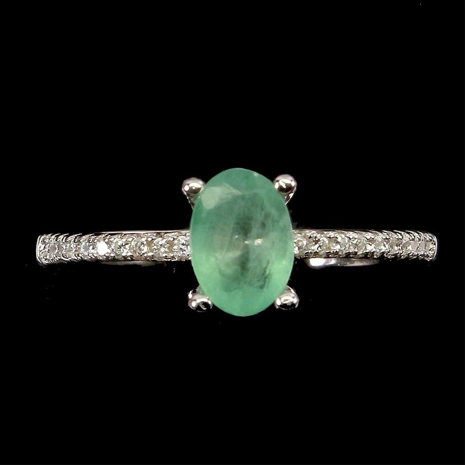Stunning Genuine Emerald Ring
