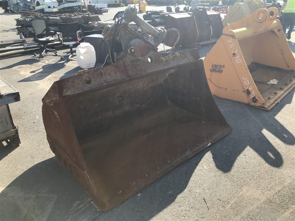 1900mm Wide Hydraulic Side Tilt Excavator Bucket