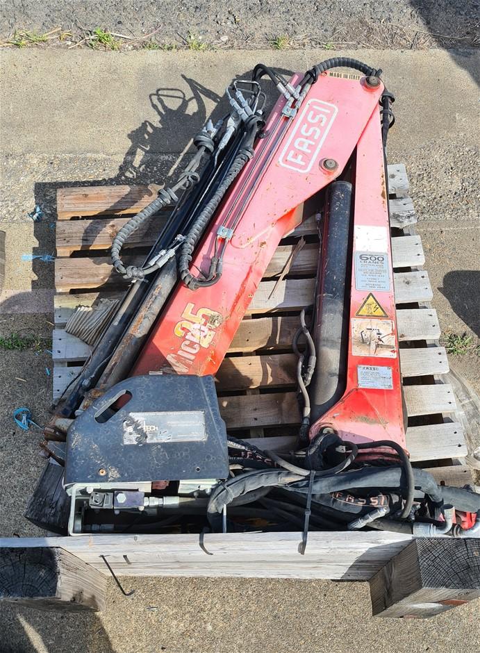 Fassi Micro M25A13 Crane