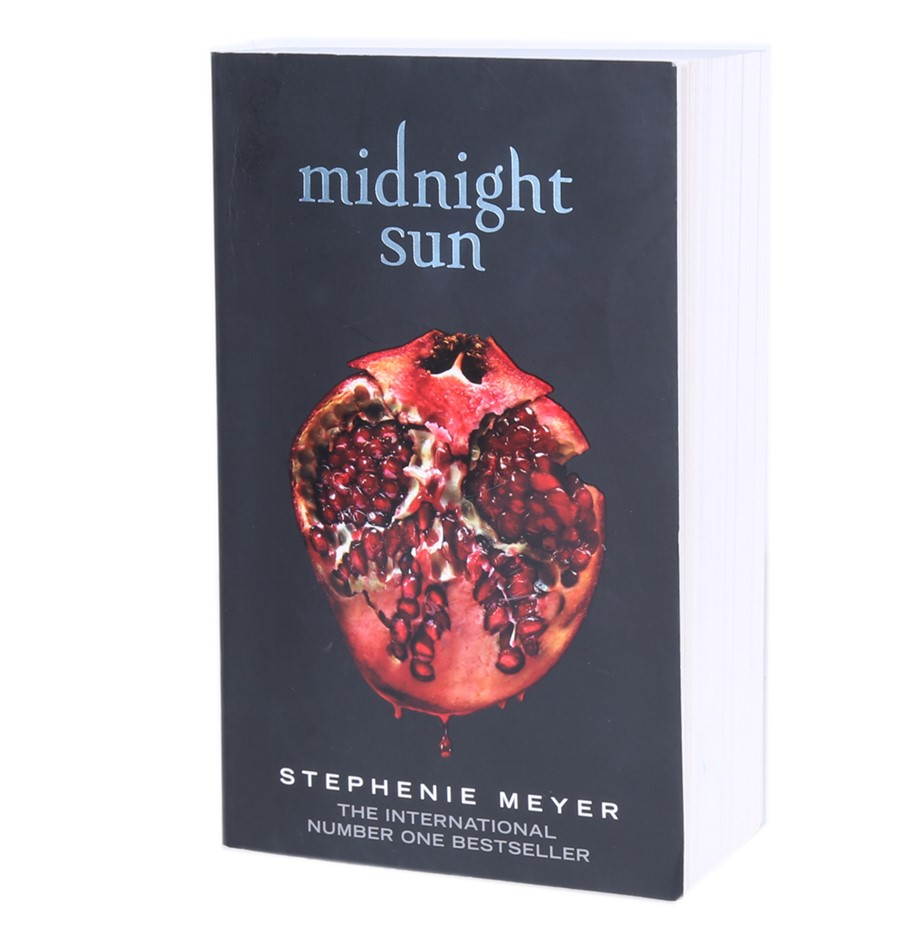 Midnight Sun by STEPHENIE MEYER, 638 Pages. Buyers Note - Discount Freight