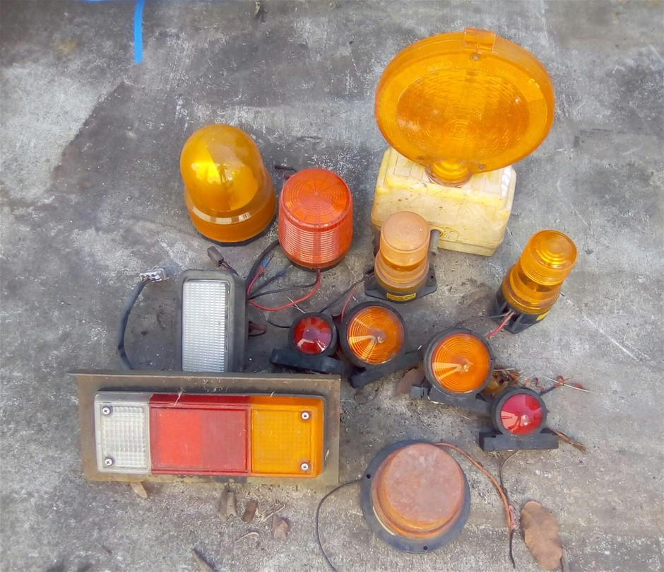Bundle of Assorted Truck and Machinery Warning Lights