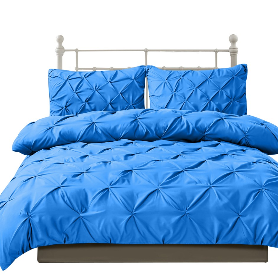 DreamZ Diamond Pintuck Duvet Cover and Pillow Case Set in UK in Navy Colour