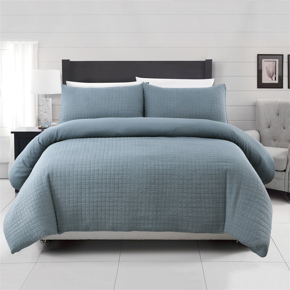 Dreamaker Premium Orla Quilted Sandwashed Quilt Cover Set King Bed