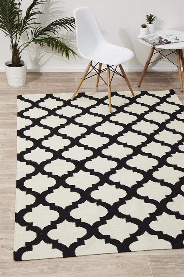 Medium Monochromatic Handmade Wool Lattice Flatwoven Rug - 225X155cm