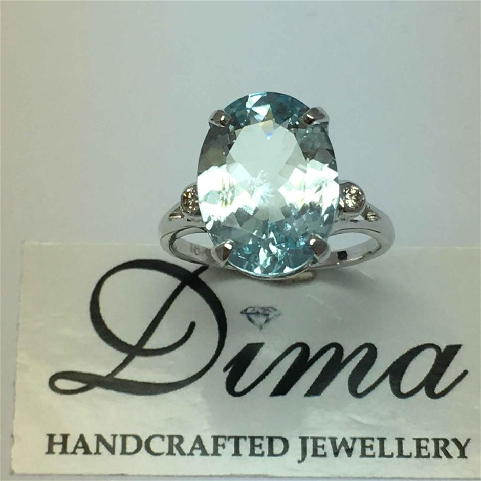 18ct White Gold, 4.68ct Aquamarine and Diamond Ring
