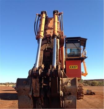 2012 Hitachi EX1900-6 Track Excavator with Bucket
