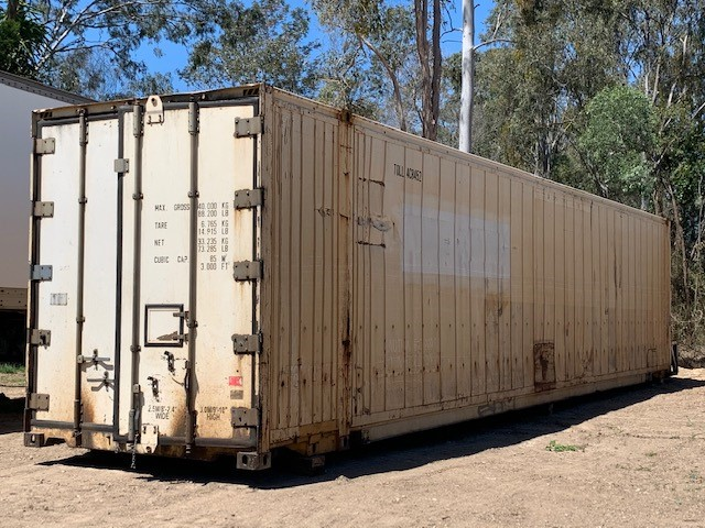 46.6 Foot Insulated Container