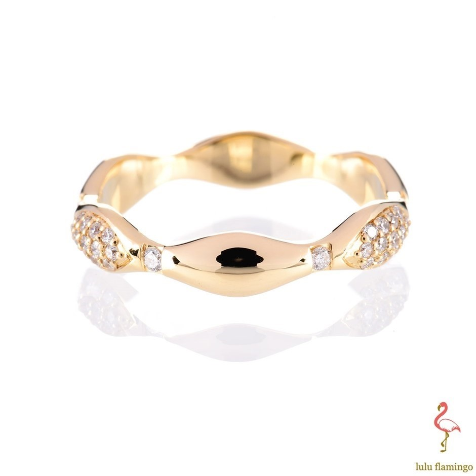 Solid yellow gold and diamond ring 0.35ct TDW