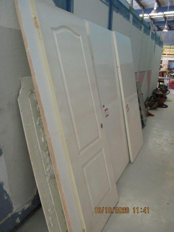 Qty 8 Approx. x Internal Timber Doors