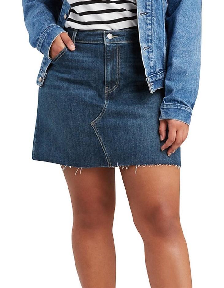 LEVI`S Curve Deconstructed Skirt. Size 20, Colour: Middle Avenue Plus. Buye