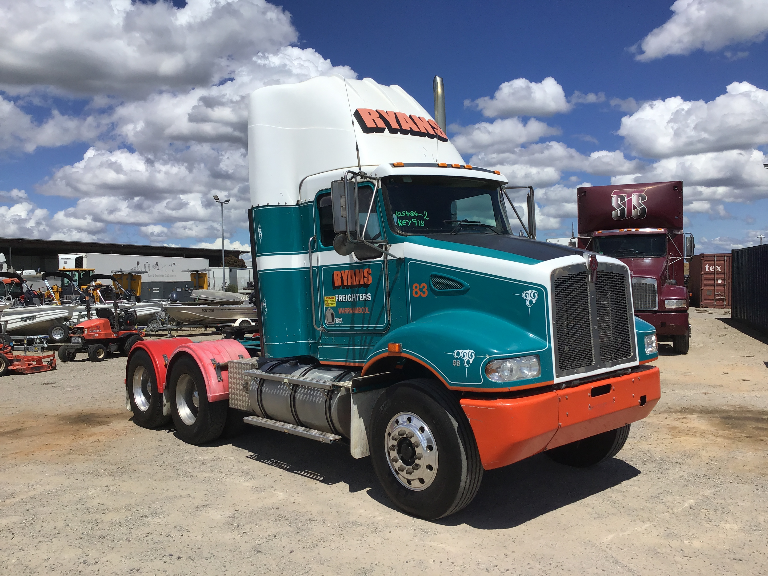2010 Kenworth T388 6 x 4 Prime Mover Truck