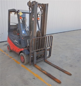 2006 Linde H18T-03 4 Wheel Counterbalance Forklift