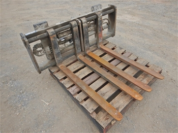 Cascade Double Pallet Handler Forklift Attachment