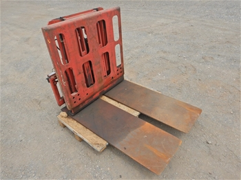 Loron 106235 Push/Pull Forklift Attachment