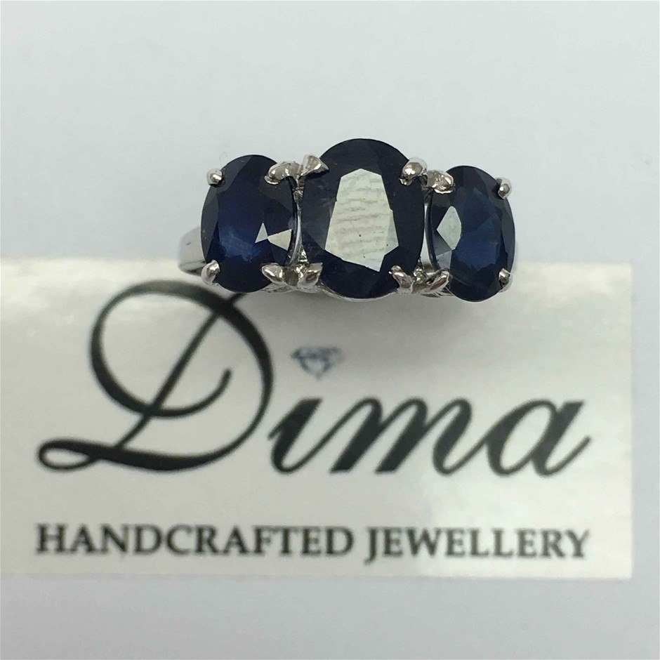 18ct White Gold, 3.96ct Blue Sapphire Ring