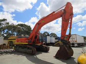 Doosan DX520 LCA Tracked Hydraulic Excavator