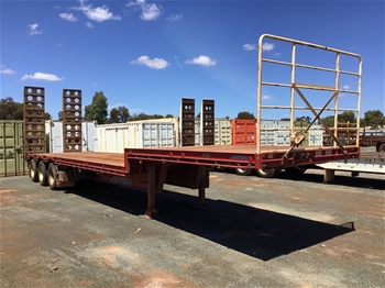 2012 Maxitrans ST3 Drop Deck 45' Trailer With Ramps