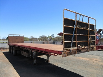 2010 Vawdrey VBS3 Triaxle Flat Top 45' Trailer