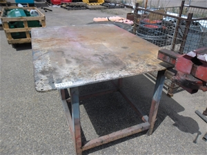 Heavy Duty Steel Bench with Vice