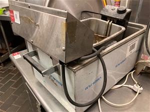 Roundup SS-3 Benchtop Deep Fryer