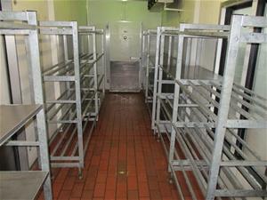 Qty 5 x Shelving Units