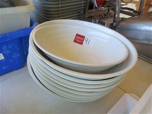 9 x Round Bowls