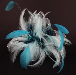 2 x FASCINATOR - BLUE FEATHERS WITH CLIP