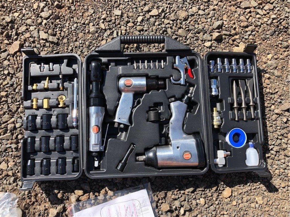 Unused 50 Piece Air Tool Combo Kit