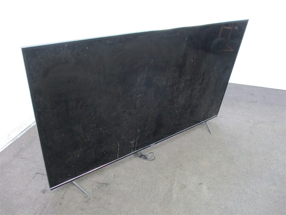 """Hitachi 75UHDSM8 75"""" HDR Television"""