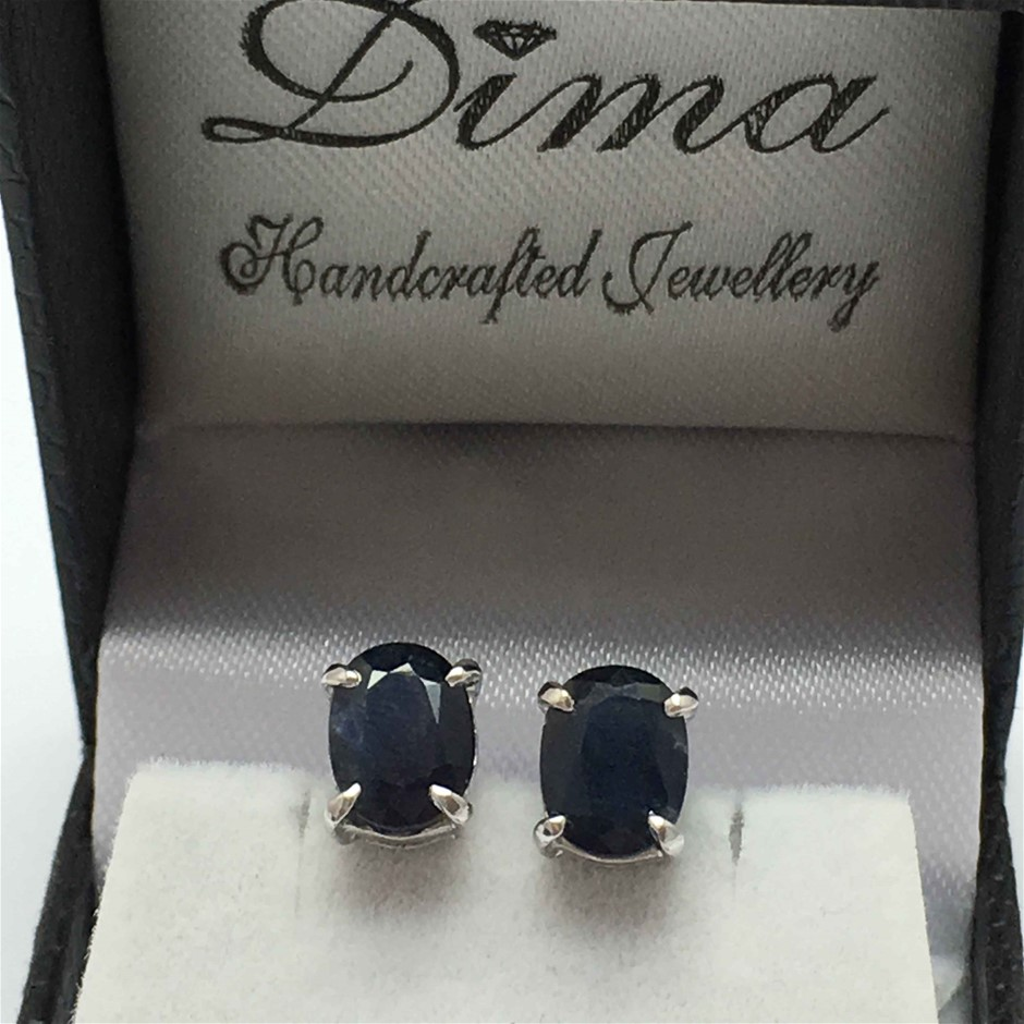18ct White Gold, 3.62ct Blue Sapphire Earring
