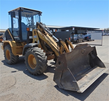 2002 CAT 908 Articulated Wheeled Loader