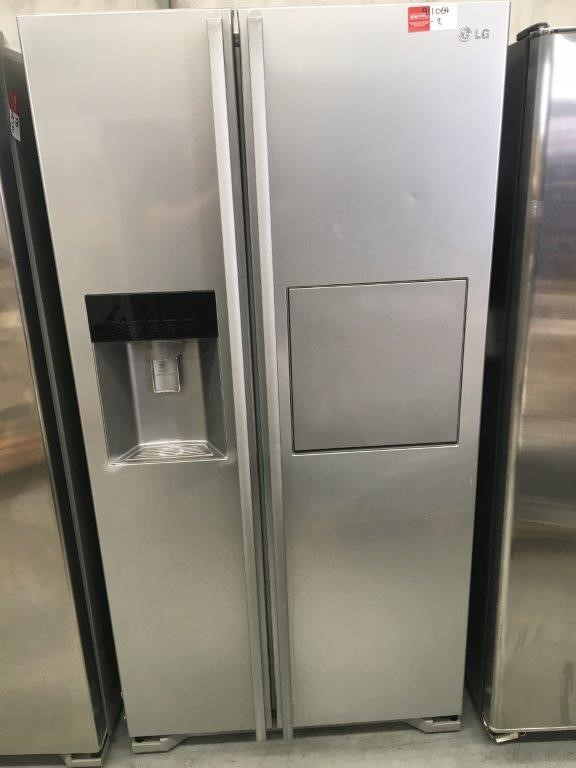 LG GC-P197DPSL Stainless Steel 2 Door Fridge/Freezer