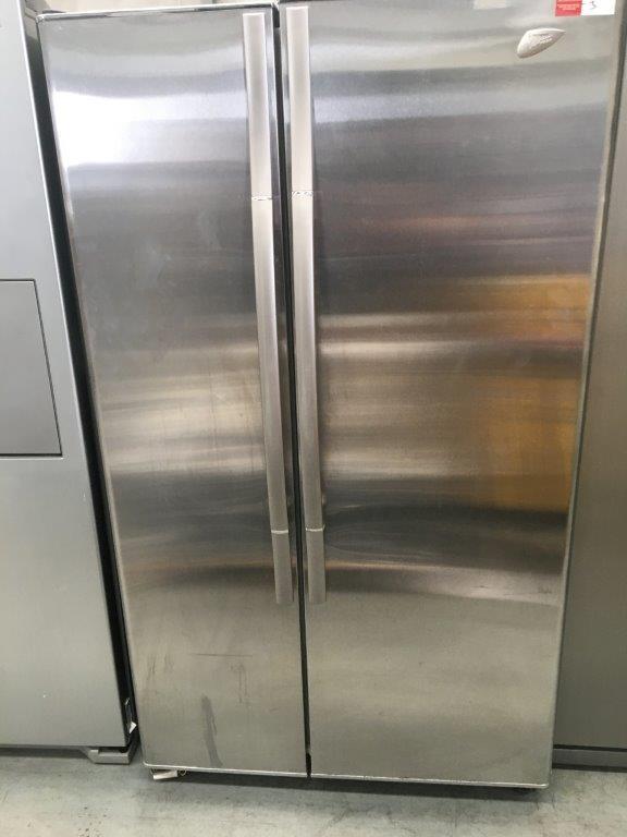Westinghouse Virtuoso RS663 Stainless Steel 2 Door Fridge/Freezer