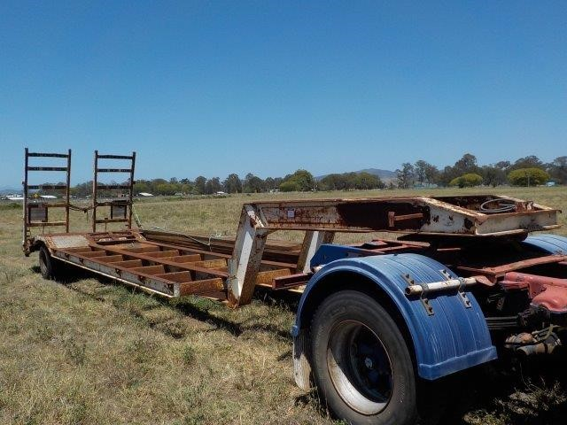 1998 Lusty Single Drop Deck Trailer