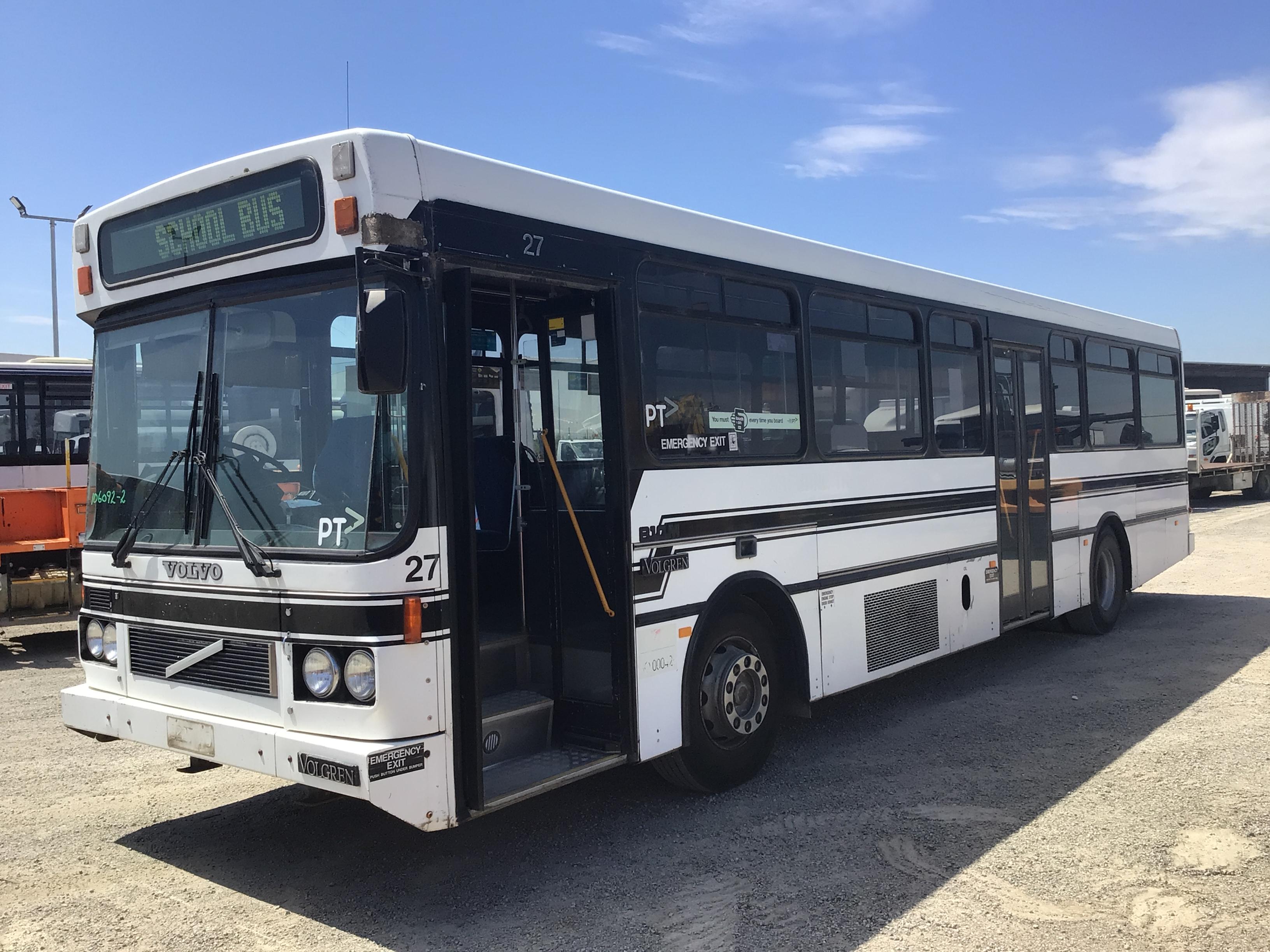 1995 Volvo B10M 4 x 2 Bus