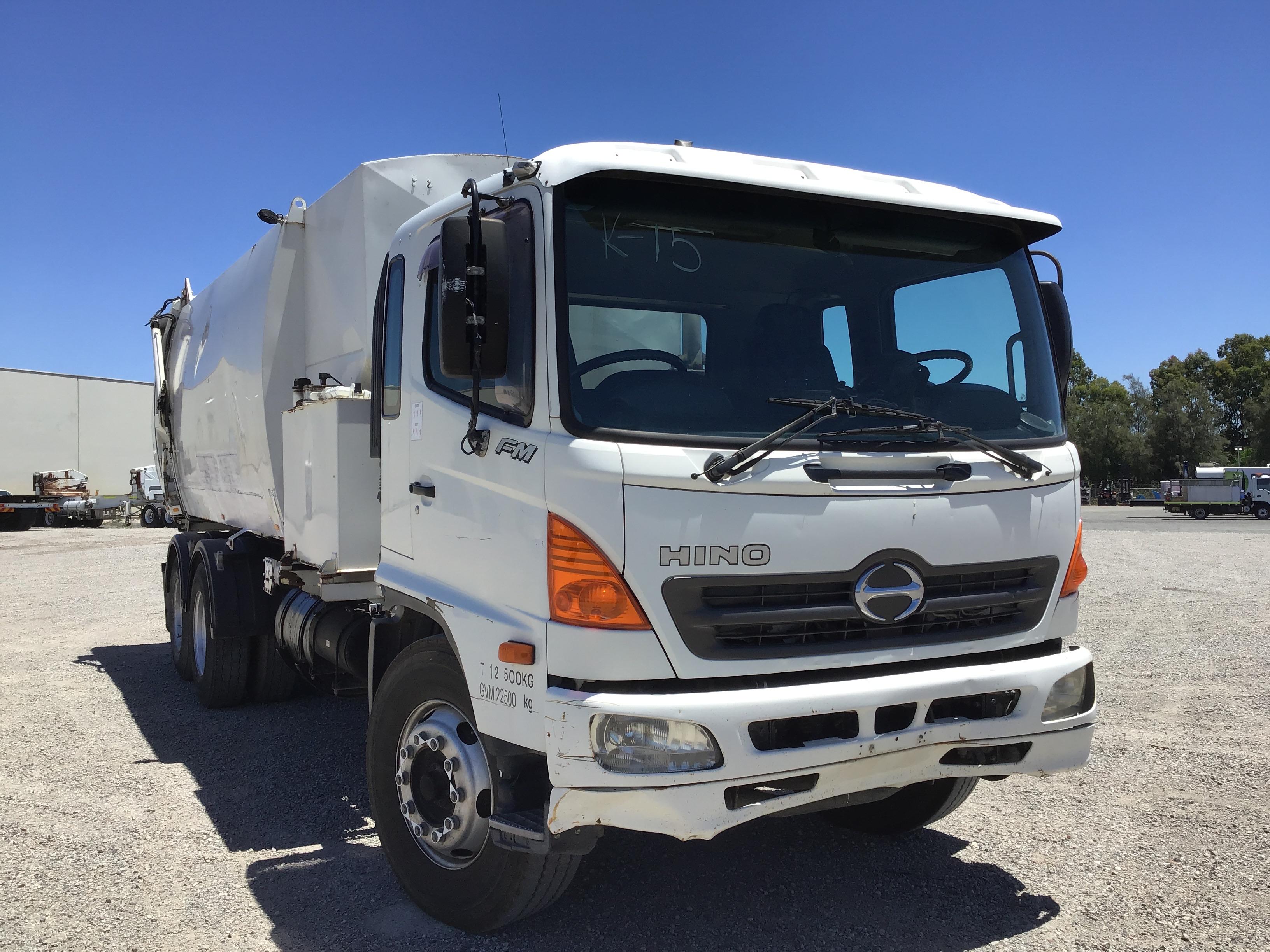 2006 Hino FM 6 x 4 Garbage Truck