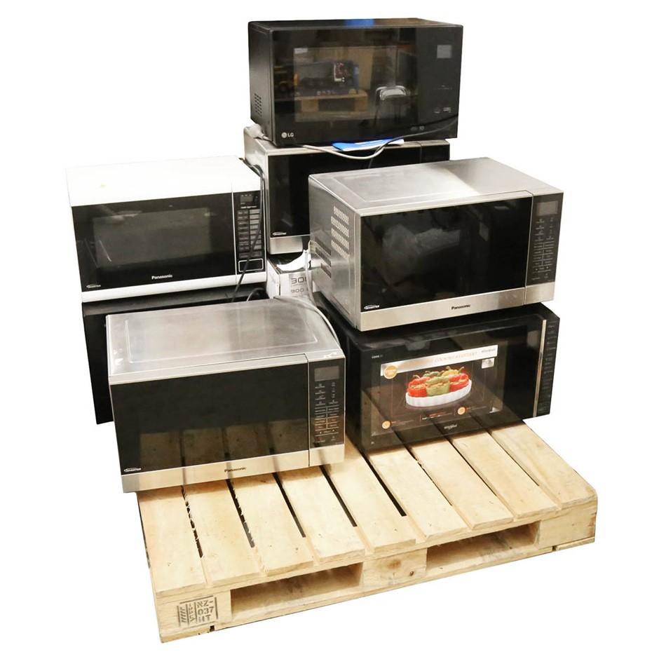 9 x Various Microwaves Ovens, PANASONIC, WHIRLPOOL. N.B. Not in original pa