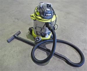 Ryobi RVC-12201-G Wet/Dry Vacuum Cleaner