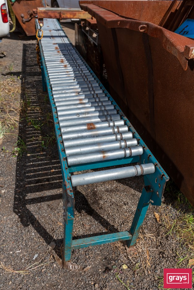 Gravity Feed Rollers with Steel Frame