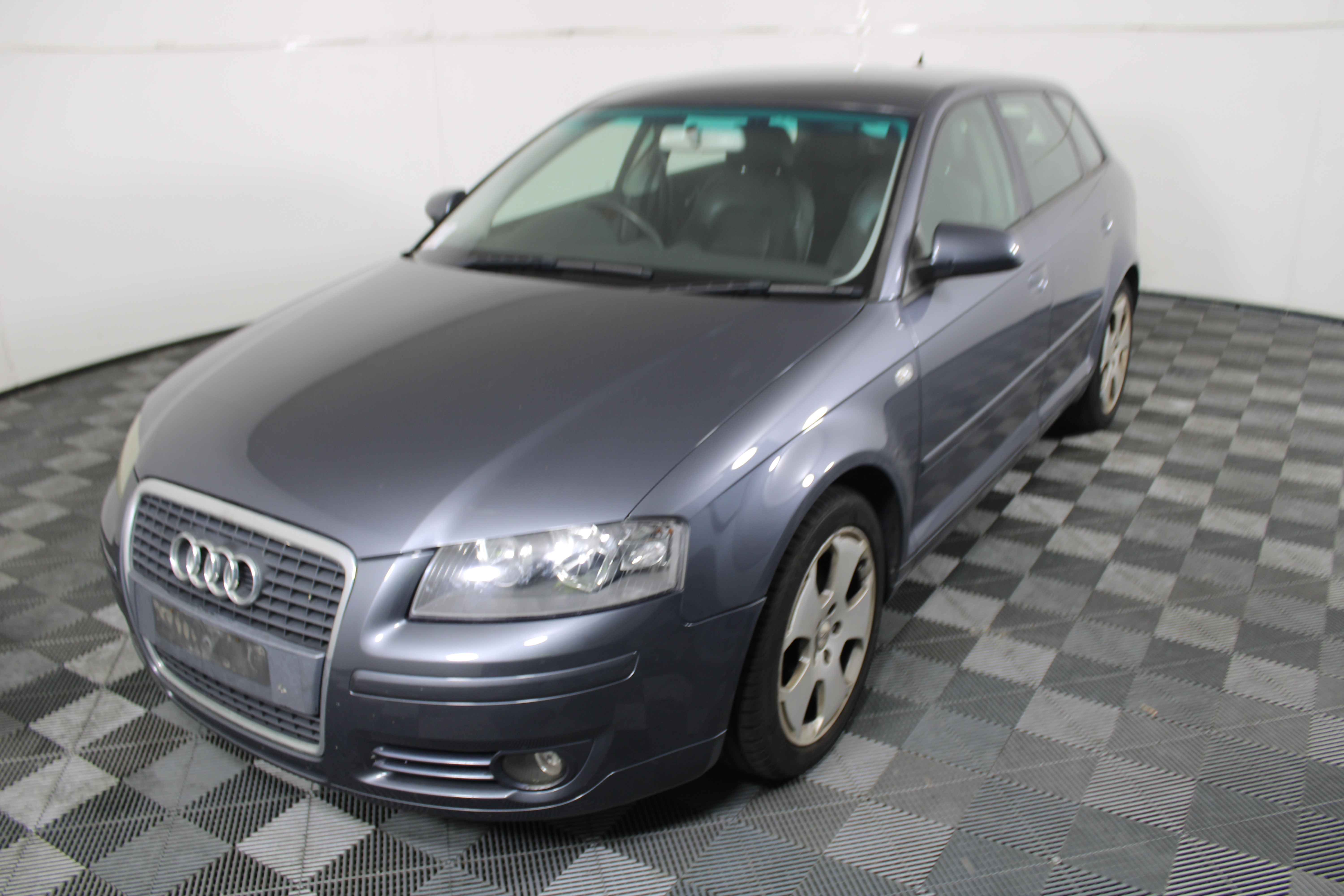 2006 Audi A3 2.0 FSI Ambition Automatic Hatchback