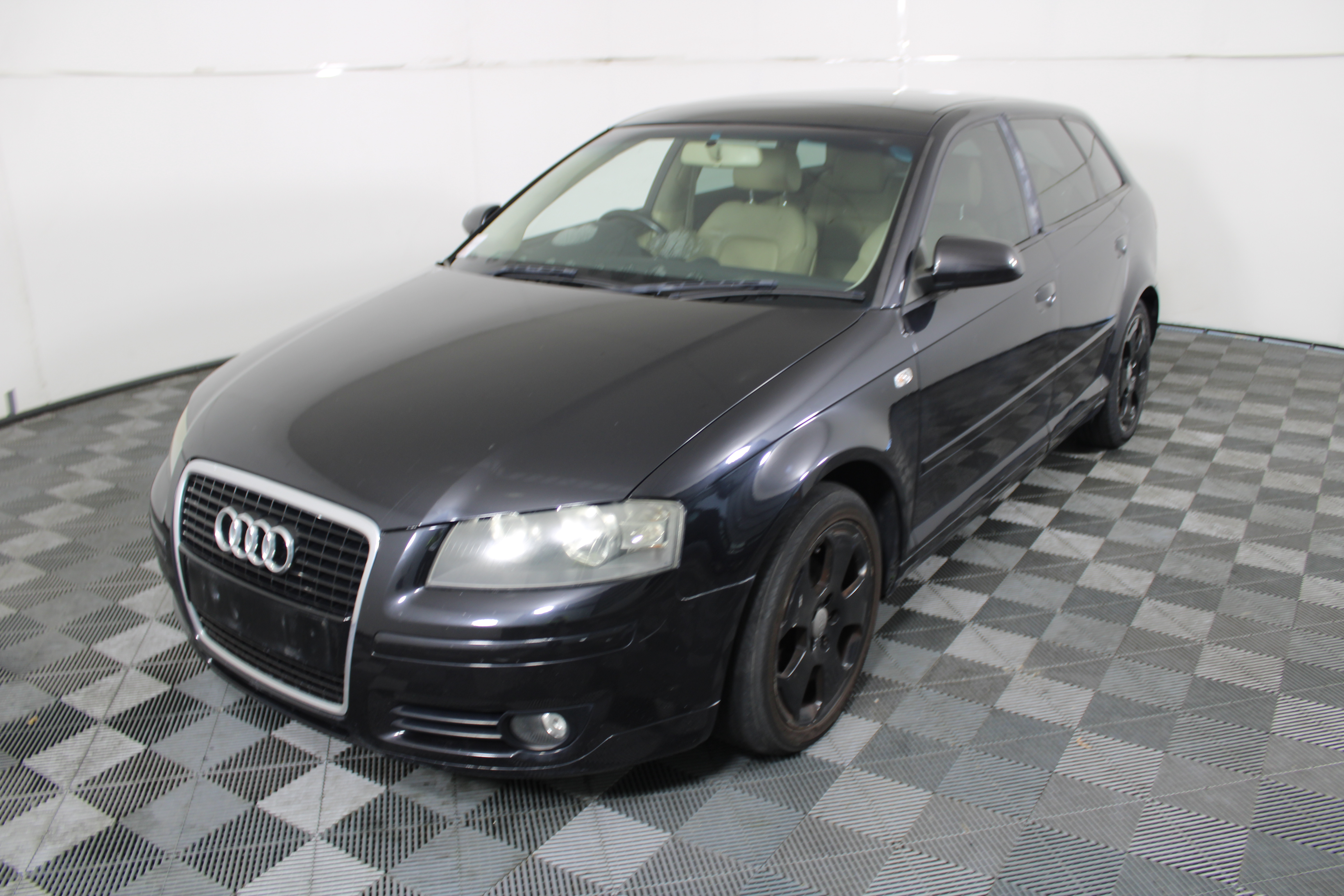 2005 Audi A3 2.0 FSI Ambition 8P Automatic Hatchback