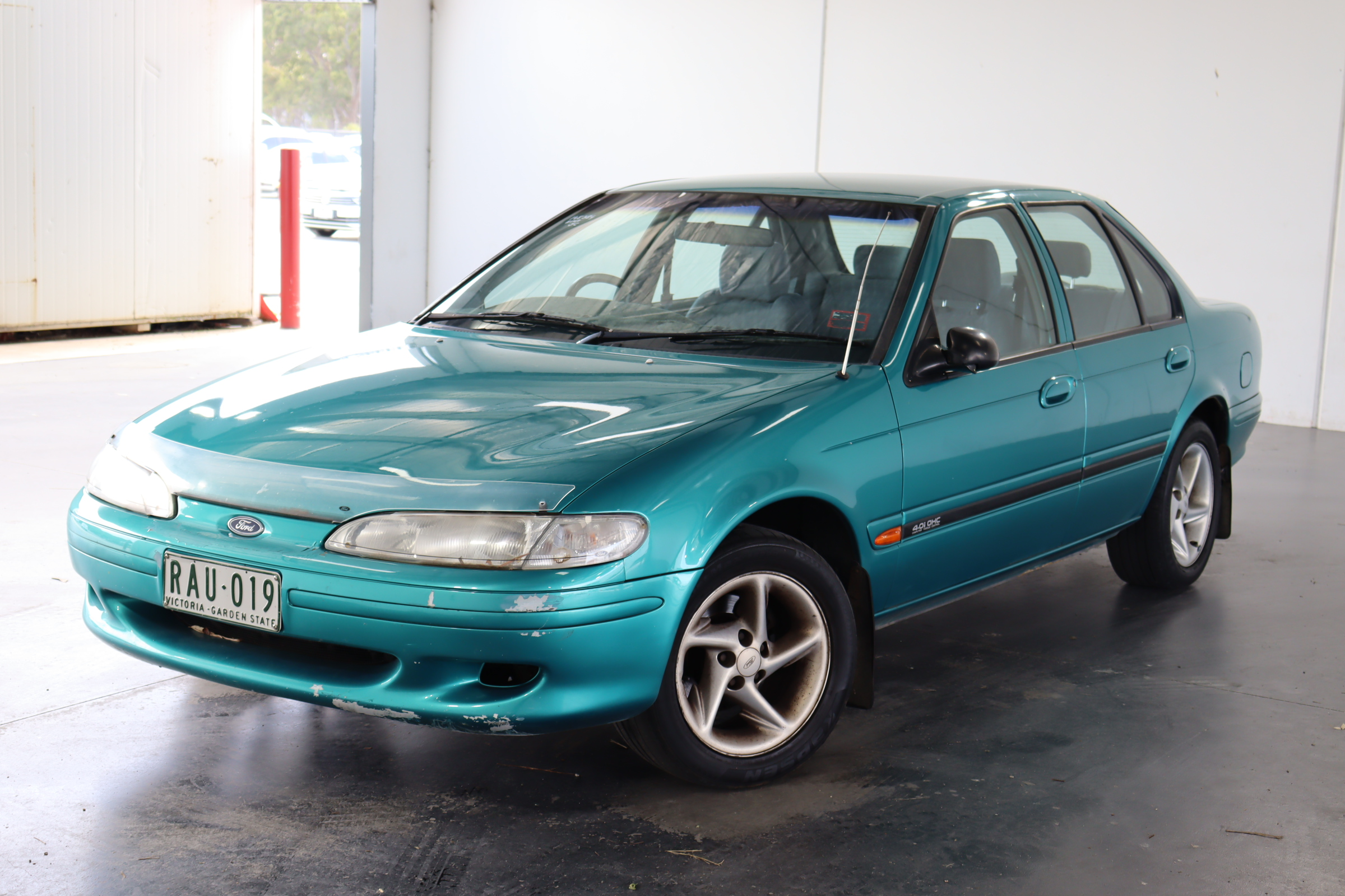 1994 Ford Falcon Futura EF Automatic Sedan
