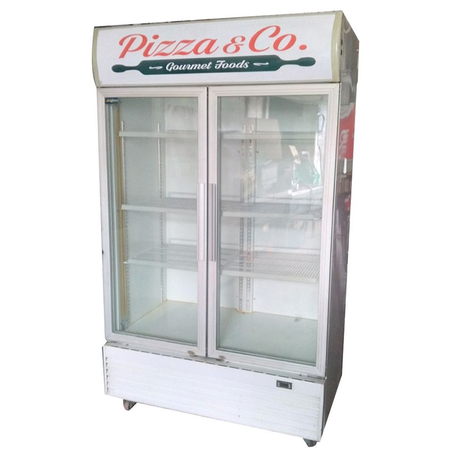 Igloo 4 Tier 2 Door Upright Glass Display Fridge