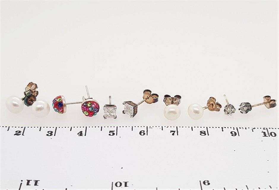 Lot of 5 Mixed Styles & Colours Sterling Silver Crystal & Pearl Studs.