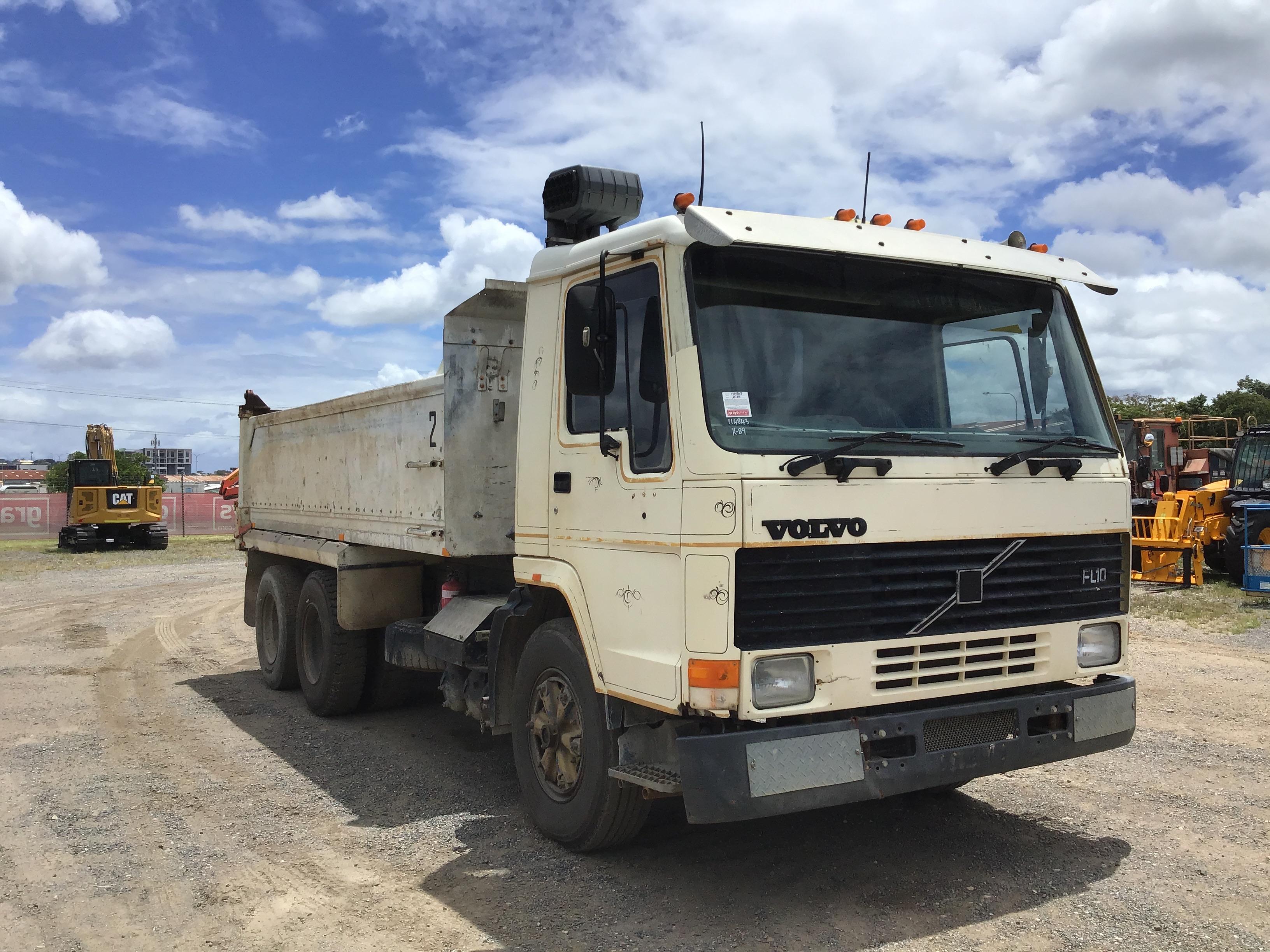 1987 Volvo FL 10 6 x 4 Tipper Truck
